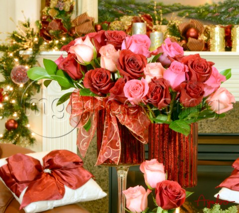 Christmas Red Rose Arrangementjpg